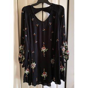 Free People🖤Black Blouse/Dress